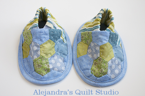 baby slippers tutorial