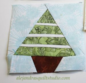 Christmas tree paper piecing free pattern